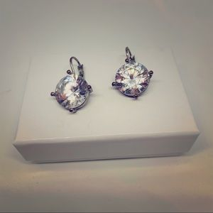 Lg rhinestone prong pierced earrings